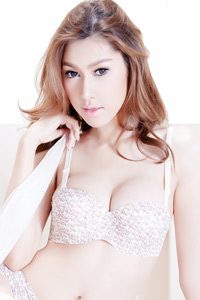 ดูคลิป อ้อม A'lure Mag 41 HD A'lure Sexy Pretty