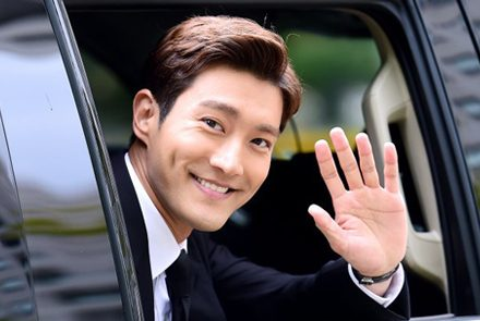 5-Asian-Actors-Who-Are-Crazy-Rich-And-Handsome
